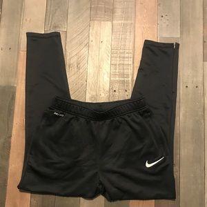 Men's Nike Joggers Medium